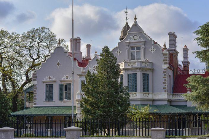 Melrose house adjacent to burgers park in Pretoria