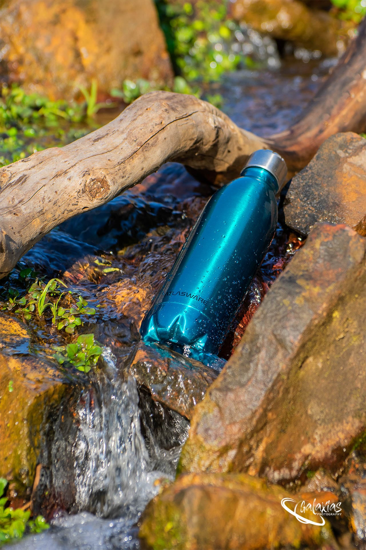 Blue thermal water bottle by Galaxias Photography